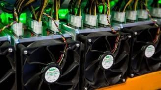 طرح برق امید وزارت نیرو چگونه به تامین برق مراکز استخراج رمز ارز کمک میکند؟